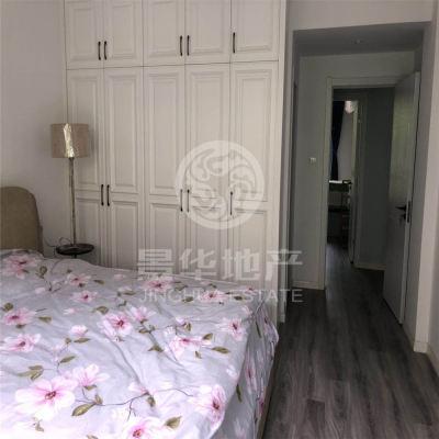 出售偉星藍山3室2廳2衛130平米+10平方露臺